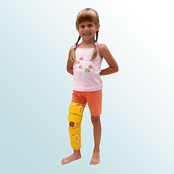 OR 3B - Ortéza kolenního kloubu pevná s flexí 20 stupňů