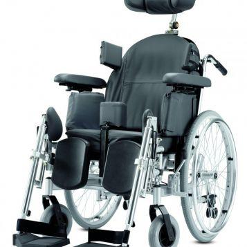 Triton - Mechanický invalidní vozík speciální. Cena 48 190 Kč.